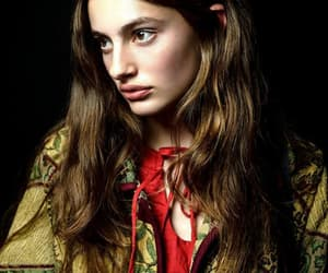 diana and modelo image