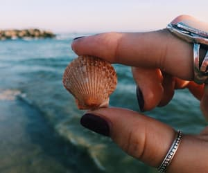 beach, nails, and tumblr image