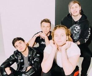 band, luke hemmings, and 5 seconds of summer image