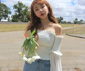 aesthetic, flowers, and asian fashion image