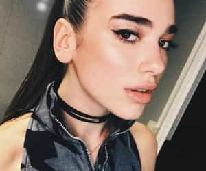 chic, dua, and glam image