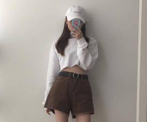 ulzzang, asian girl, and fashion image