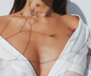 aesthetic, girl, and necklace image
