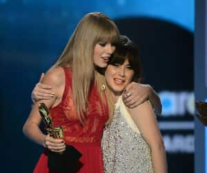 500 Days of Summer, Taylor Swift, and zooey deschanel image