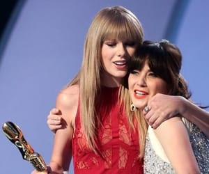 Taylor Swift and zooey deschanel image