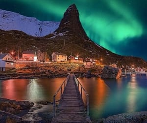 norway and northernlights image