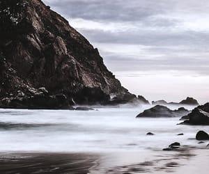 sea and sky image