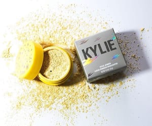 highlighter, kyliecosmetics, and kylie jenner image