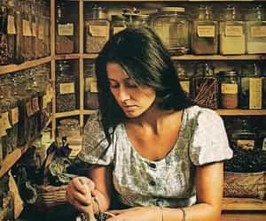 herbalist image