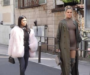 sisters, kardashians, and khloe image
