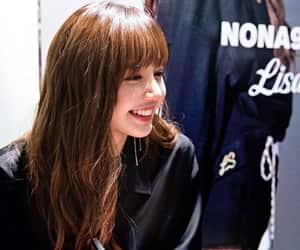 k-pop, lisa, and kpop image
