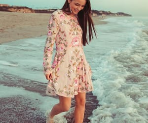 beach, merrell twins, and ownthelight image