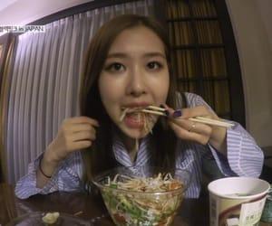 food, blackpink, and jisoo image
