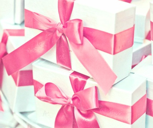 pink, gift, and bow image