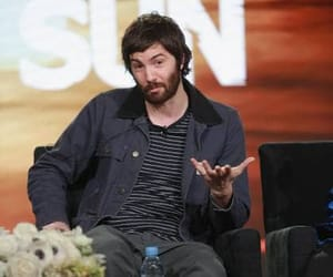 jim sturgess and feed the beast image