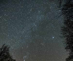 article, moments, and stargazing image
