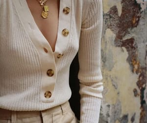 inspo, fashion, and gold image