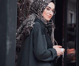حجاب and مججبات image