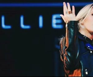 Ellie Goulding and music image