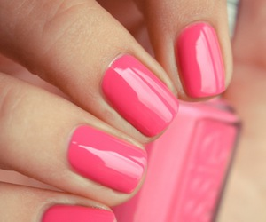nails and whats the color calls ? image