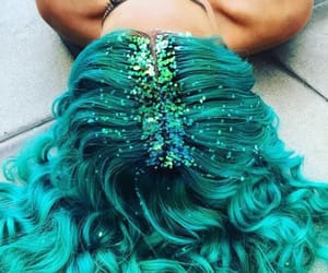 hair, color, and glitter image
