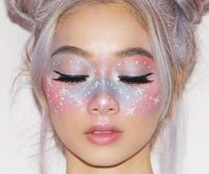 makeup and pastelcolours image