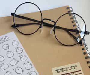 aesthetic, glasses, and minimal image