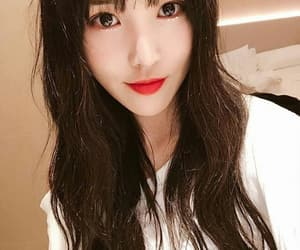 yuju, gfriend, and kpop image