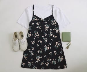 korean, outfit, and asian image