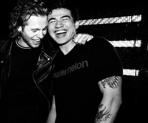 5sos, cake, and 5 seconds of summer image