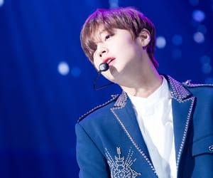 jihoon, wanna one, and park ji hoon image