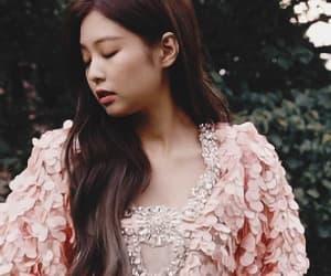 exo, rose, and bigbang image
