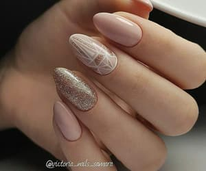 decor, gold, and nails image