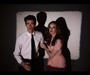 DC, caitlin snow, and the flash image