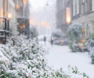 snow, city+town+cidade, and viajes+rejser image