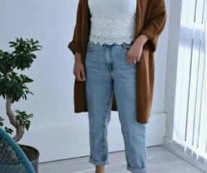 boyfriend jeans hijab image