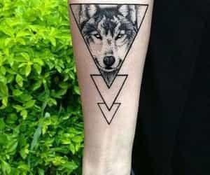 tatuajes, lobos, and alaskaa image