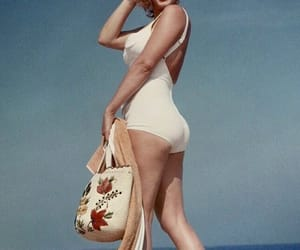 Marilyn Monroe and beach image