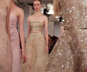 dress, model, and oscar de la renta image