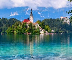 slovenia and travel image