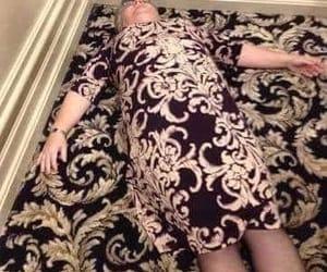dress, chão, and vestido image
