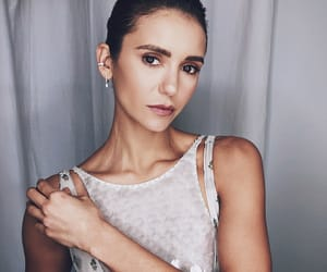 Nina Dobrev, oscar, and actress image