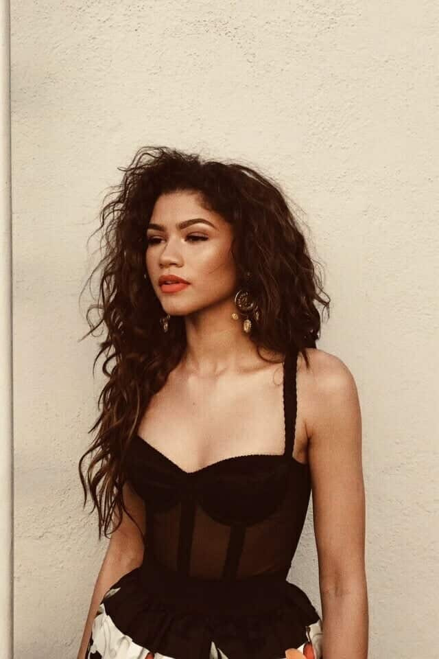 articles, outfits, and zendaya image