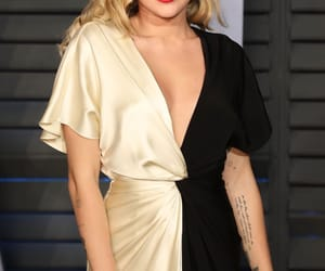 Academy Awards, after party, and miley cyrus image