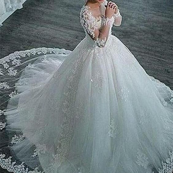 wedding, bridal dress, and ball gown wedding dress image