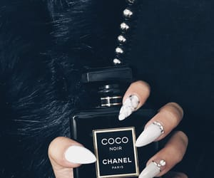 coco and nails image