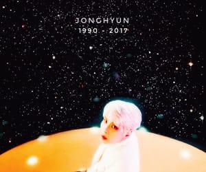SHINee, shinee wallpaper, and rip jonghyun image
