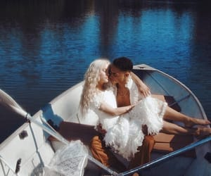 couple and zara larsson image