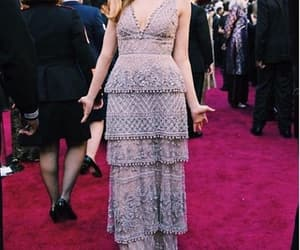 oscars, red carpet, and zoey deutch image