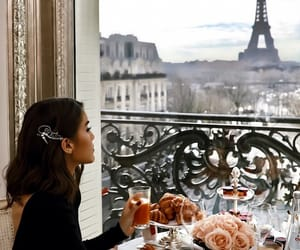breakfast, city, and girl image